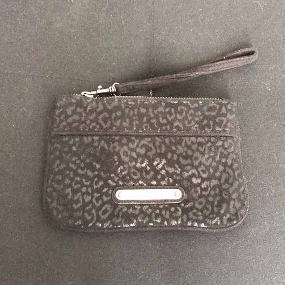 Express Handbags - Black cheetah wristlet